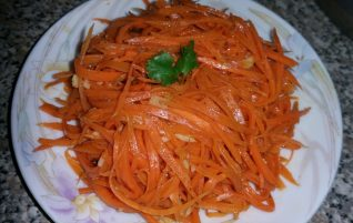 """Morkovcha"" Korean-Russian Carrot Salad (Healthier Version)"