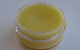 Natural First Aid for Burns. Healing Burn Salve Recipe & other Options