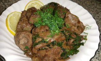 Best Liver and Onions in 10 Minutes without Flour & No soaking!