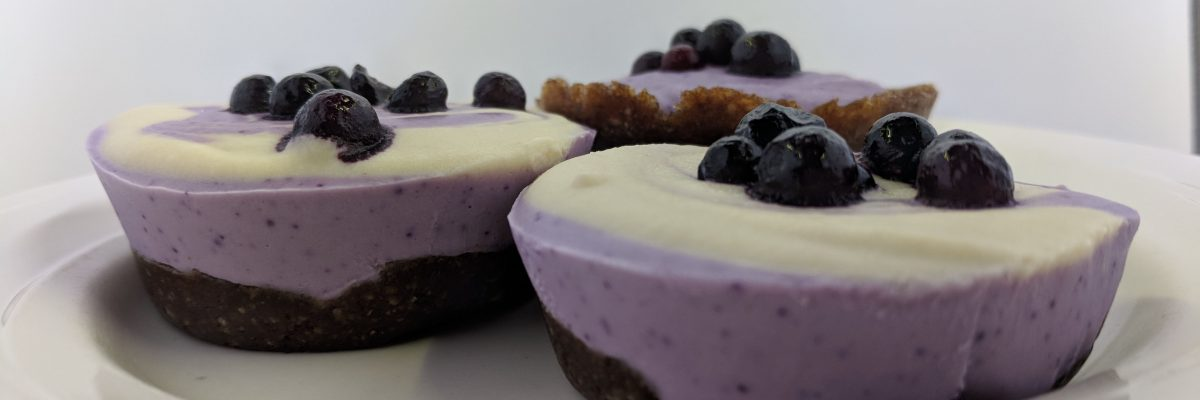 Raw Vegan Cheesecake Cupcakes (No bake, Grain-free, Sugar-free, Gluten-free)