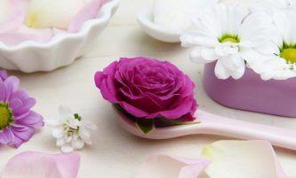 How to Make Homemade Acne Cream with Tea Tree Oil (Removes Blackheads too)