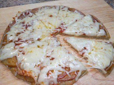 SPROUTED QUINOA PIZZA CRUST - Healthy Pizza Dough Recipe - Gluten free